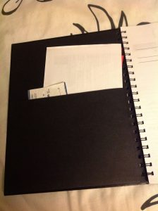 Smart design on the inside front cover pocket to hold all sorts of loose notes, checks, bills etc.